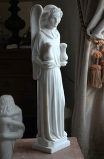 'Angelot aux burettes' (15th century), copy from the Louvre), marble sculpture